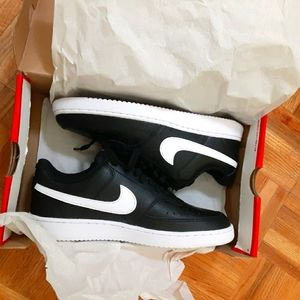 Nike Court Vision size 8.5 Deadstock